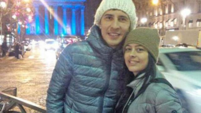 Desconsolada y en llanto, Larissa Riquelme defendió a Jonathan Fabbro